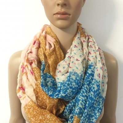D&Y Ditsy Patchwork Floral Print Figure 8 Scarf